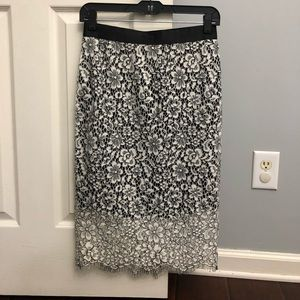 Express lace skirt